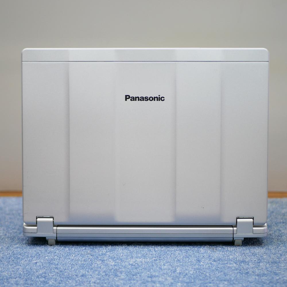 Panasonic Let's note CF-SZ5の後面