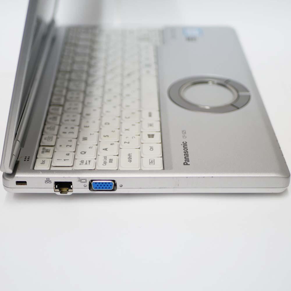 Panasonic Let's note CF-SZ5の左側面